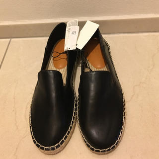 ギャップ(GAP)の靴 GAP(エスパドリーユ⚫︎スリッポン⚫︎モカシン)ブラック【新品】(スリッポン/モカシン)
