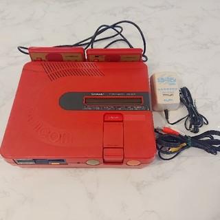 シャープ(SHARP)のツインファミコン AN-500R ソフトおまけ付き(家庭用ゲーム機本体)