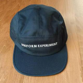 ユニフォームエクスペリメント(uniform experiment)のuniformexperiment キャップ ネイビー 帽子(キャップ)