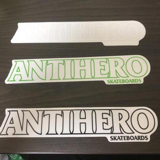 アンチヒーロー(ANTIHERO)の【縦4.2cm横22.2cm】ANTI HERO ステッカー 1枚のお値段(スケートボード)