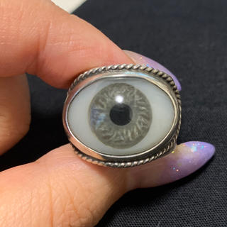 クレイジーピッグ(CRAZY PIG)のグレートフロッグ 義眼リング グレー(リング(指輪))