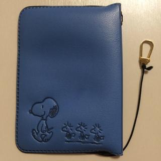 スヌーピー(SNOOPY)の中古品 SNOOPY パスポートケース(旅行用品)