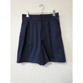 ジーユー(GU)のGU 紺色ハーフパンツ Mサイズ(ハーフパンツ)