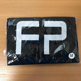 ユニバーサルエンターテインメント(UNIVERSAL ENTERTAINMENT)のPerfume 7th Tour 2018 「FUTURE POP」 Tシャツ(Tシャツ/カットソー(半袖/袖なし))
