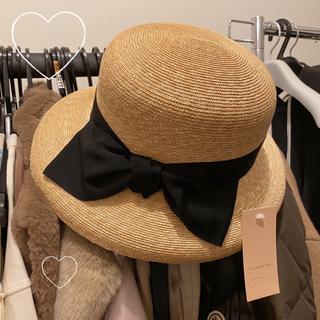 フォクシー(FOXEY)の新品タグ付き 石田製帽 カサブランカ Mサイズ 麦わら帽子 ストローハット(麦わら帽子/ストローハット)