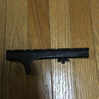 マルイ(マルイ)のM16用 スコープマウントベース(エアガン)