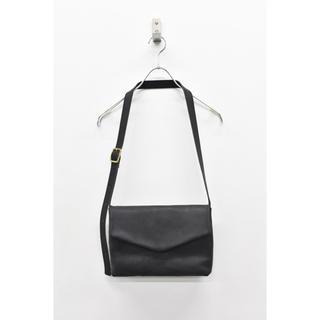 オータ(ohta)の求 ohta black letter bag(ショルダーバッグ)