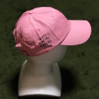 アンチ(ANTI)のアンチソーシャルソーシャルクラブ キャップ ピンク(キャップ)