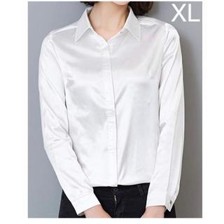 ブラウス シャツ サテン 長袖 シンプル 無地 上品 華やか ホワイト 白 XL(シャツ/ブラウス(長袖/七分))