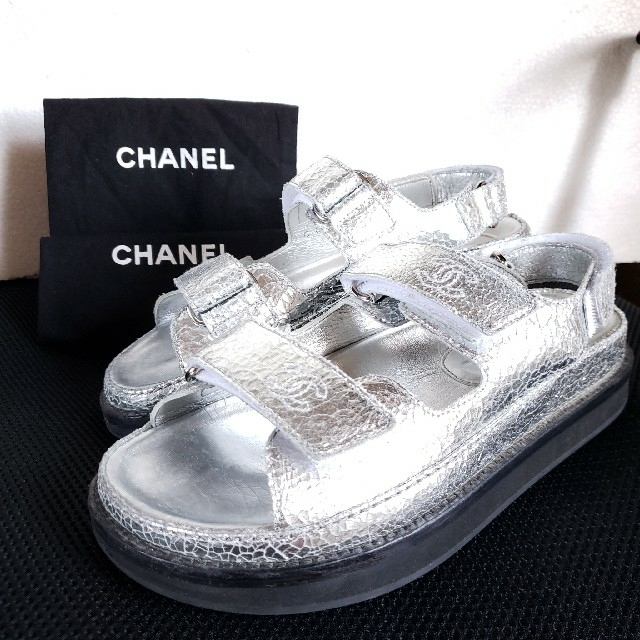 CHANEL(シャネル)の☆様専用 CHANEL ココマーク ベルクロ スポーツサンダル コンフォート レディースの靴/シューズ(サンダル)の商品写真