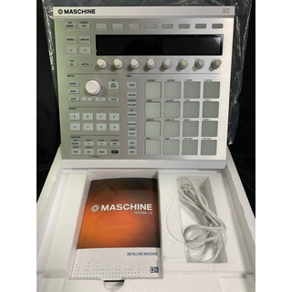 Native Instruments Maschine MK2ホワイト(DJコントローラー)