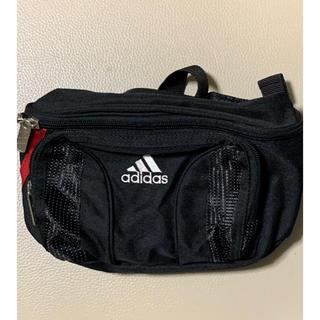 アディダス(adidas)のadidasウエストポーチ(ウエストポーチ)