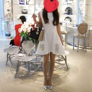 クリスチャンディオール(Christian Dior)のDior真白ワンピース ラフシモンズデザイン クリスチャン・ディオール(ミニワンピース)