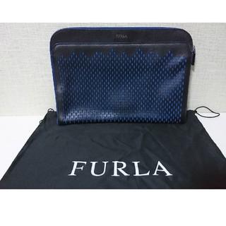 フルラ(Furla)のフルラ  FURLA  クラッチバック ブラック×ブルー(セカンドバッグ/クラッチバッグ)