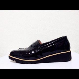 ダイアナ(DIANA)の25cm*美品*DIANA エナメル ローウェッジ ローファー パンプス(ローファー/革靴)