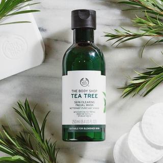 ザボディショップ(THE BODY SHOP)のTEA TREE SKIN CLEARING MATTIFYING TONER(化粧水/ローション)