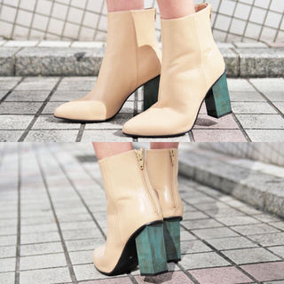 ジーヴィジーヴィ(G.V.G.V.)のg.v.g.v. leather marble heel ankle boots(ブーツ)