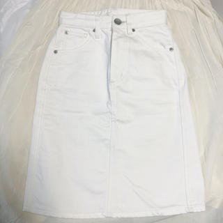 ジェイダ(GYDA)のGYDA ホワイトデニムスカート(ひざ丈スカート)