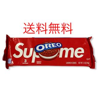 シュプリーム(Supreme)のSupreme Oreo シュプリーム オレオ ステッカー Box Logo(菓子/デザート)