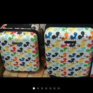 ディズニー(Disney)の新品♪アメリカンツーリスター ディズニースーツケース 2個セット(スーツケース/キャリーバッグ)