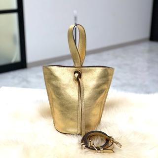 ジェイアンドエムデヴィッドソン(J&M DAVIDSON)の美品 J&Mデヴィッドソン エクエスタ ゴールド(ハンドバッグ)
