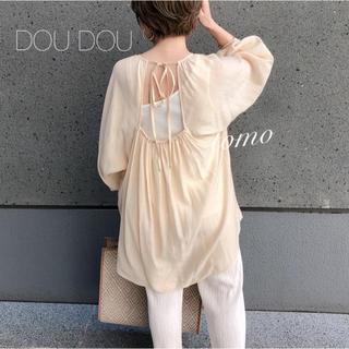 ドゥドゥ(DouDou)の春新作❁DOUDOU バックオープンギャザーブラウス(シャツ/ブラウス(長袖/七分))