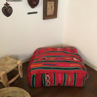 モロッコオールドキリムプフ Red A(オットマン)