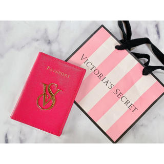 ヴィクトリアズシークレット(Victoria's Secret)のVictoria's secret❤︎パスポートケース(その他)