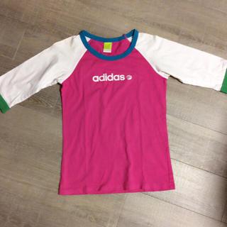 アディダス(adidas)の adidas ピンク Tシャツ(Tシャツ(長袖/七分))