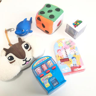 ニシマツヤ(西松屋)のベビーキッズ おもちゃセット マリオ イスのコッシー サイコロ 自販機 ちょリス(キャラクターグッズ)