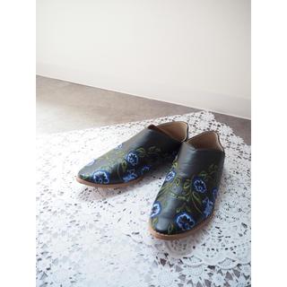 マウジー(moussy)の📷着画有📷刺繍フラットローファー(ローファー/革靴)