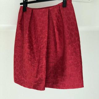 ルビーリベット(Rubyrivet)のルビーリベット 赤 スカート (ひざ丈スカート)