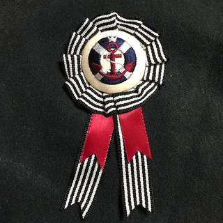 フェリシモ(FELISSIMO)のフェリシモ 刺繍ブローチ(マリン)(ブローチ/コサージュ)