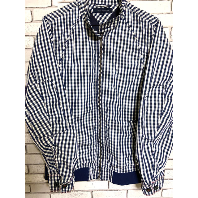 TOMMY HILFIGER(トミーヒルフィガー)の【レア】トミーヒルフィガー刺繍ロゴ チェック柄 ブルゾン スウィングトップ S メンズのジャケット/アウター(ブルゾン)の商品写真