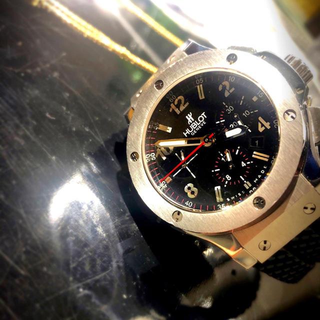HUBLOT(ウブロ)のHUBLOT メンズの時計(レザーベルト)の商品写真