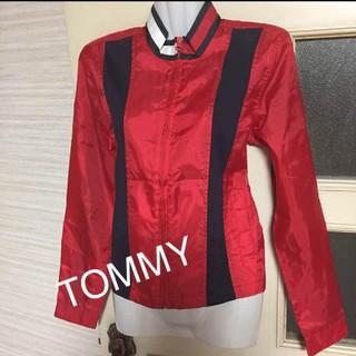 トミーヒルフィガー(TOMMY HILFIGER)の今期物【新品タグ付き】Tommygeans.tommygirlウィンドブレーカー(ナイロンジャケット)