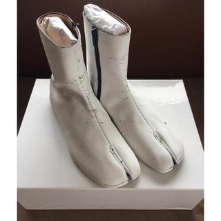 マルタンマルジェラ(Maison Martin Margiela)の20SS新品41 メゾン マルジェラ 足袋ブーツ タビ ペンキ tabi メンズ(ブーツ)