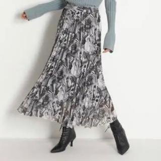ミラオーウェン(Mila Owen)のミラオーウェン タック風プリーツスカート(ロングスカート)