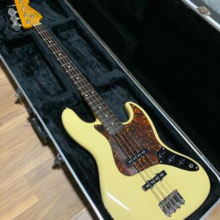 フェンダー(Fender)のFender フェンダージャパン ジャズベース 社外ハードケース付(エレキベース)
