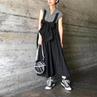 ジーヴィジーヴィ(G.V.G.V.)のG.V.G.V.リボンサロペットスカート ジャンパースカート ブラック(ロングスカート)