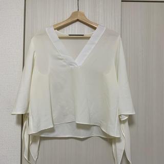 ザラ(ZARA)のトップス(Tシャツ(長袖/七分))