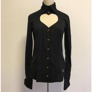 ヴィヴィアンウエストウッド(Vivienne Westwood)のヴィヴィアンウエストウッド ラブシャツ黒 ハートくり抜きシャツブラウス(シャツ/ブラウス(長袖/七分))