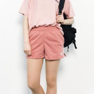 アディダス(adidas)のアディダスオリジナルス  ショートパンツ ピンク XS(ショートパンツ)