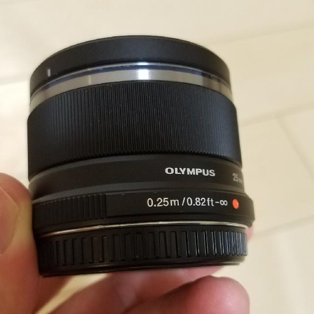 OLYMPUS(オリンパス)のOLYMPUS M.ZUIKO DIGITAL 25mm F1.8 スマホ/家電/カメラのカメラ(レンズ(単焦点))の商品写真