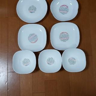 ヤマザキセイパン(山崎製パン)の春のパン祭りのお皿色々 9枚 強化ガラス製器具(食器)