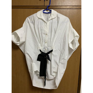 サカヨリ(sakayori)のsakayori サカヨリ フロントリボンシャツ(シャツ/ブラウス(半袖/袖なし))