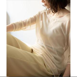 ノーブル(Noble)のノーブル ロングスリーブシアーニットプルオーバー ベージュ(Tシャツ/カットソー(七分/長袖))