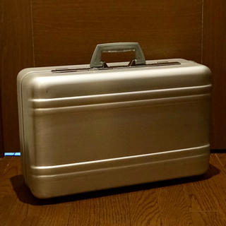 ゼロハリバートン(ZERO HALLIBURTON)のZERO HALLIBURTON ヴィンテージスーツケース(トラベルバッグ/スーツケース)