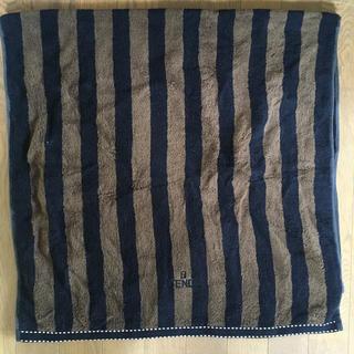 フェンディ(FENDI)のフェンディ FENDI バスタオル  ブラック ブラウン(タオル/バス用品)