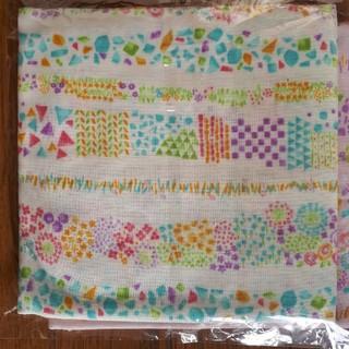 ダブルガーゼ 小花柄 ホワイト&ピンク各112×50(生地/糸)